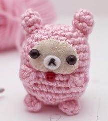 http://blog.mohumohu.com/post/83636152405/rilakkuma-bunny-amigurumi-pattern