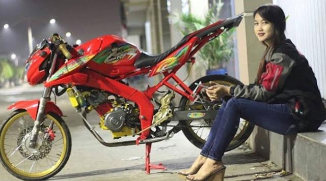 Modifikasi Vixion Warna Merah Polos Metalik Ferrari Marun