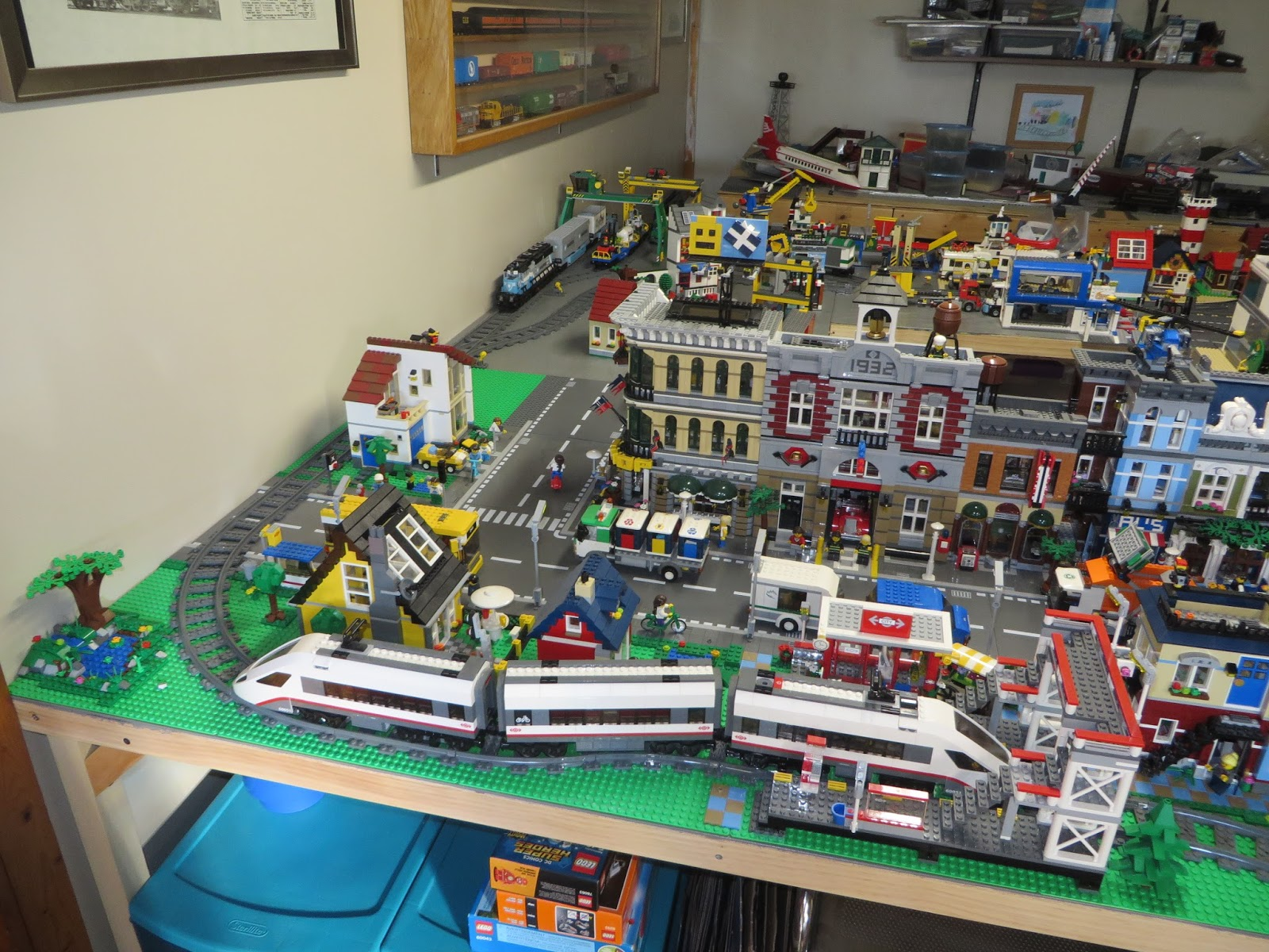 Thoughts On Blocks: Lego City Layout: May Update