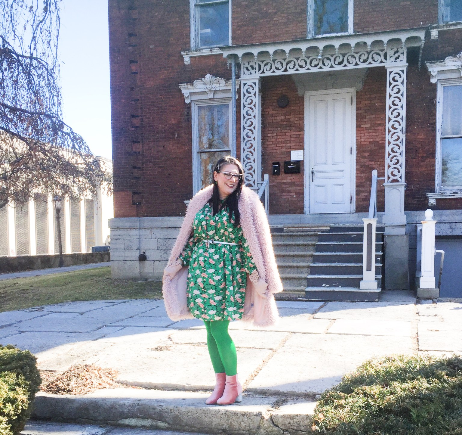 A vision for St Patrick's Day 2020:  US blogger Shelbee in pink and green