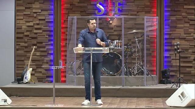 pastor pregador palestrante professor