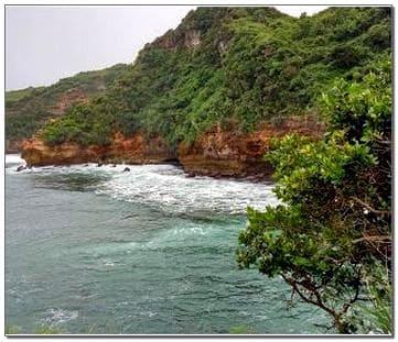 Foto Pantai Ngetun