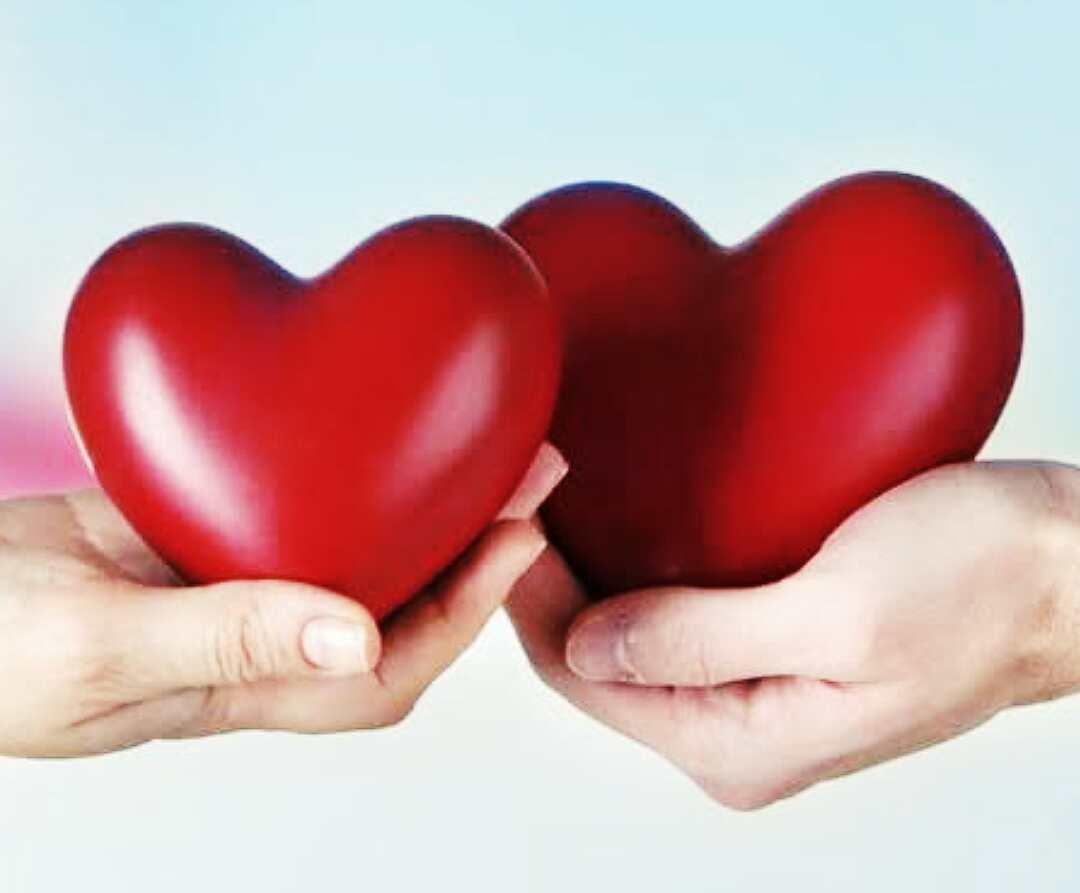 4 Cara Mudah Memperhatikan Pasangan Agar Makin Disayang