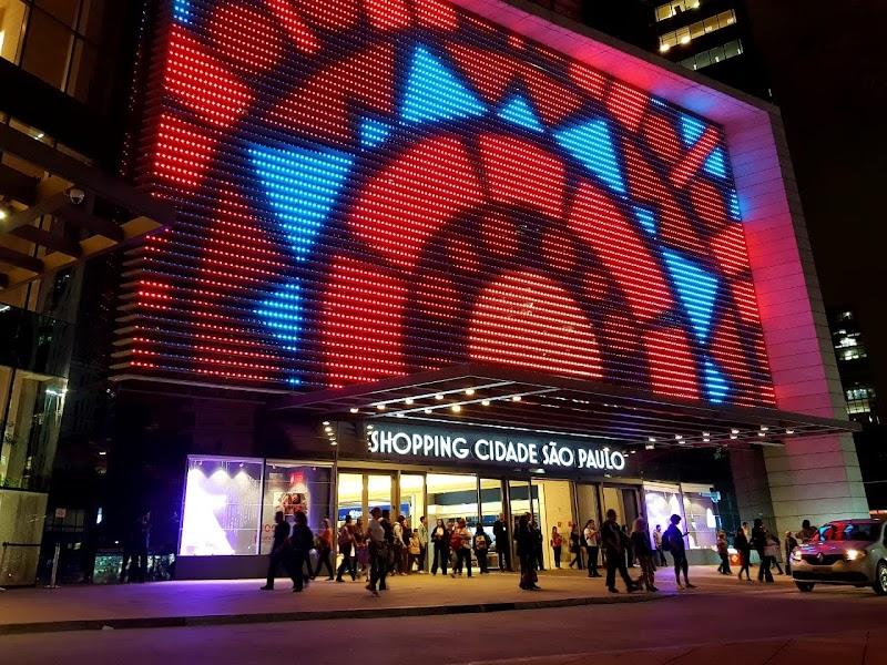 Avenida Paulista ganha painel de LED Gigante