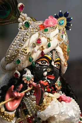 Meri ashvan bhigi saadi aajao krishna murari bhajan lyrics