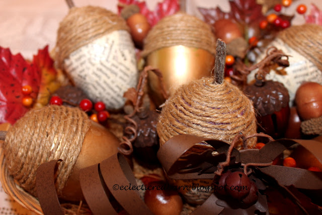 Eclectic Red Barn: Decorated Acorns