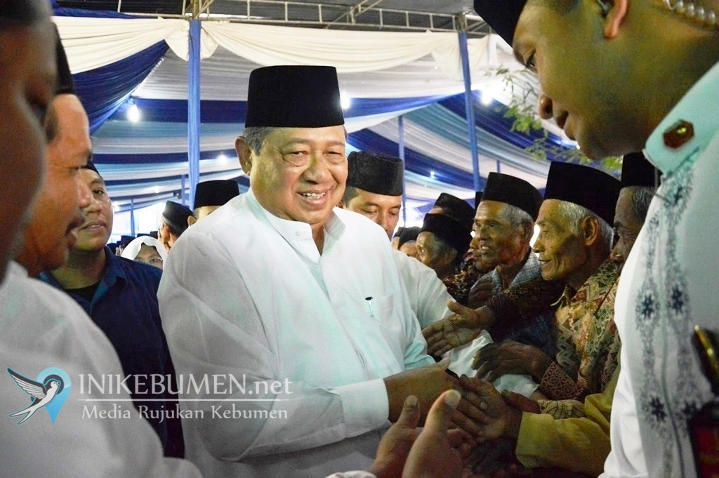 Dua Hari Kunjungi Kebumen, SBY dan AHY Sama Sekali Tak Kampanyekan Prabowo