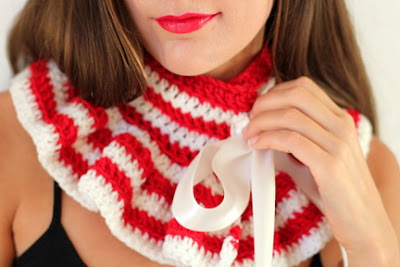 Red and White Striped Neck Warmer by Mademoiselle Mermaid