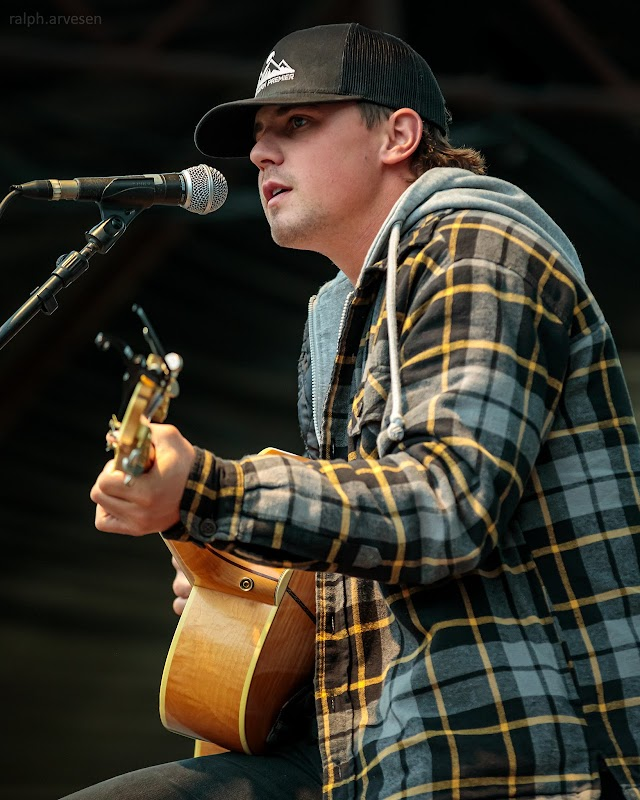 Grant Gilbert performing at the Nutty Brown Amphitheatre in Austin, Texas