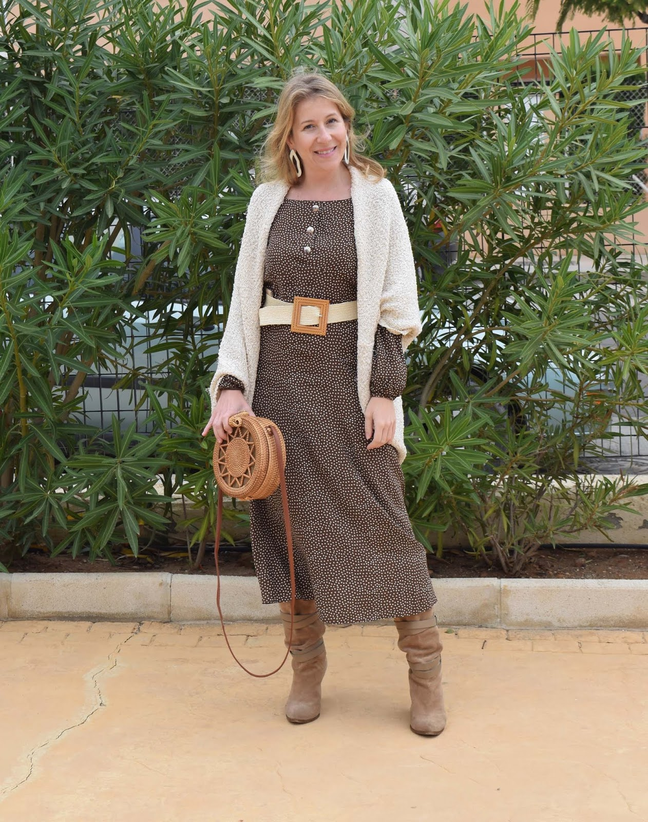 Brown_Autumn_Dress_Look