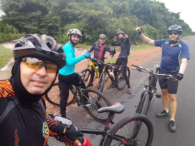 "Turma ""Girando de Bike"" de Anapurus percorre 250 km de Teresina-PI à Chapadinha-MA."
