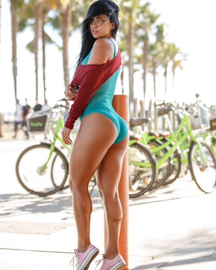 Colombian Ariana James