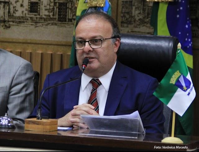 LEI DO VEREADOR PAULINHO FREIRE PROÍBE INCENTIVO FISCAL A EMPRESA ENVOLVIDA EM CORRUPÇÃO