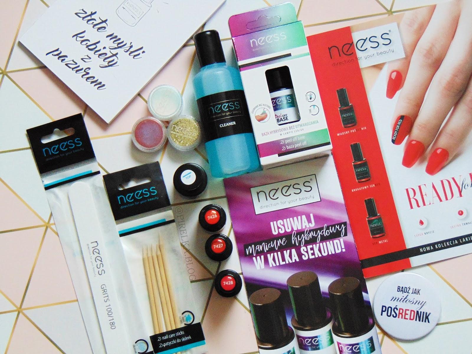 Świąteczno-noworoczna propozycja manicure hybrydowego od Neess