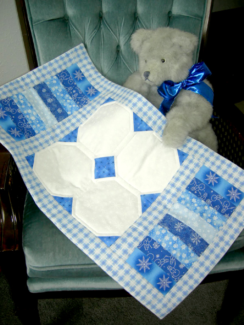 Winter Blues Table Runner - Free Quilt Tutorial