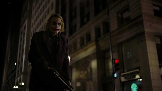 تدمير-واحدة-من-أغلى-4-كاميرات-بالعالم-The-Dark-Knight-2008
