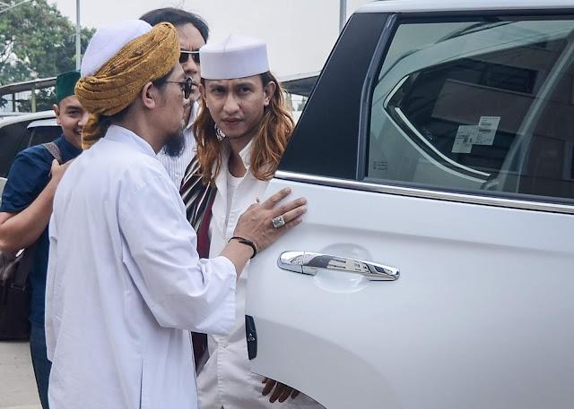 Ditahan Polda Jabar, Habib Bahar Minta Pendukungnya Tak Emosi