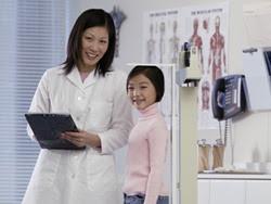 Chế độ dinh dưỡng hợp lý giúp bé phát triển chiều cao