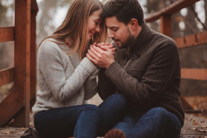 10 Sikap Ini Sering Kamu Lupakan Ketika Menjalani Hubungan Asmara