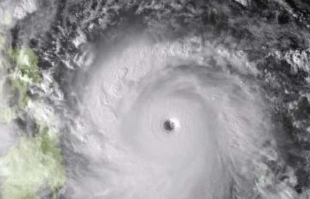 انقطاع الكهرباء عن 33 الف منزل بسبب اعصار هايشن الياباني