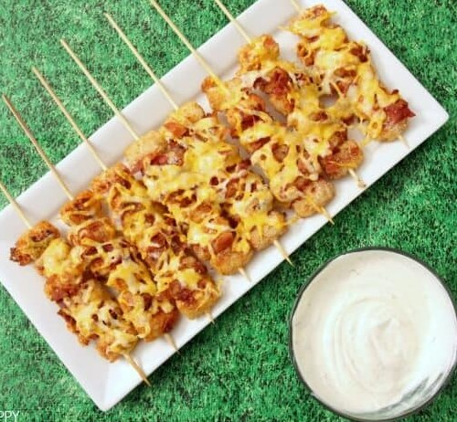 LOADED TATER TOT SKEWERS #appetizers #partyrecipe