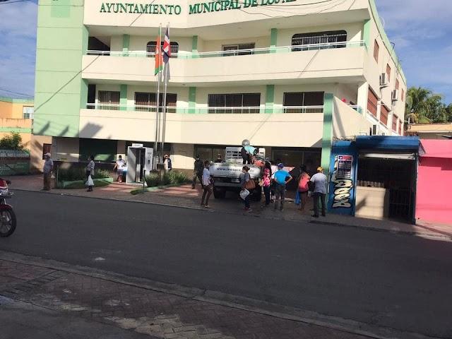 Alcalde de Los Alcarrizos dice estar en disposición de pagar prestaciones laborales a los ex-empleado