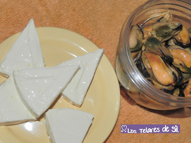 Dip  de mejillones y quesitos