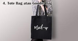 Tote Bag atau Goodie Bag merupakan salah satu rekomendasi kado natal spesial untuk sahabat tercinta