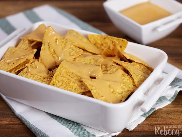Receta de salsa vegana con sabor a queso
