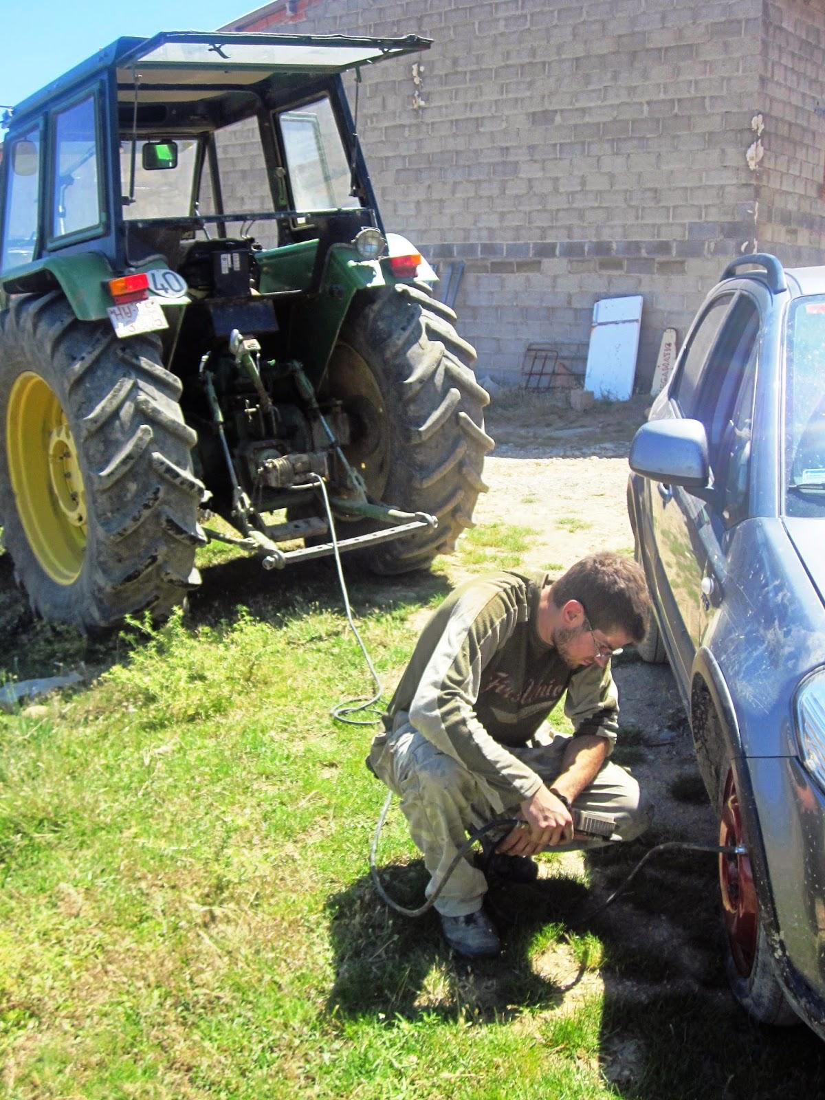 tractor raúl tousa