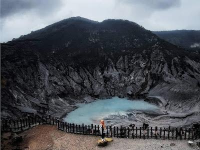 Wisata Gunung Tangkuban Perahu, Menikmati Dinginnya Puncak Tertinggi Bandung Barat