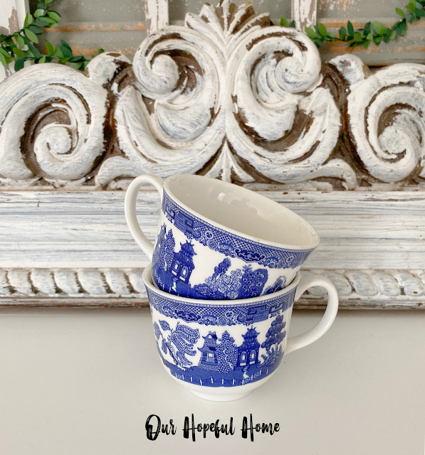 Blue Willow tea cup tower