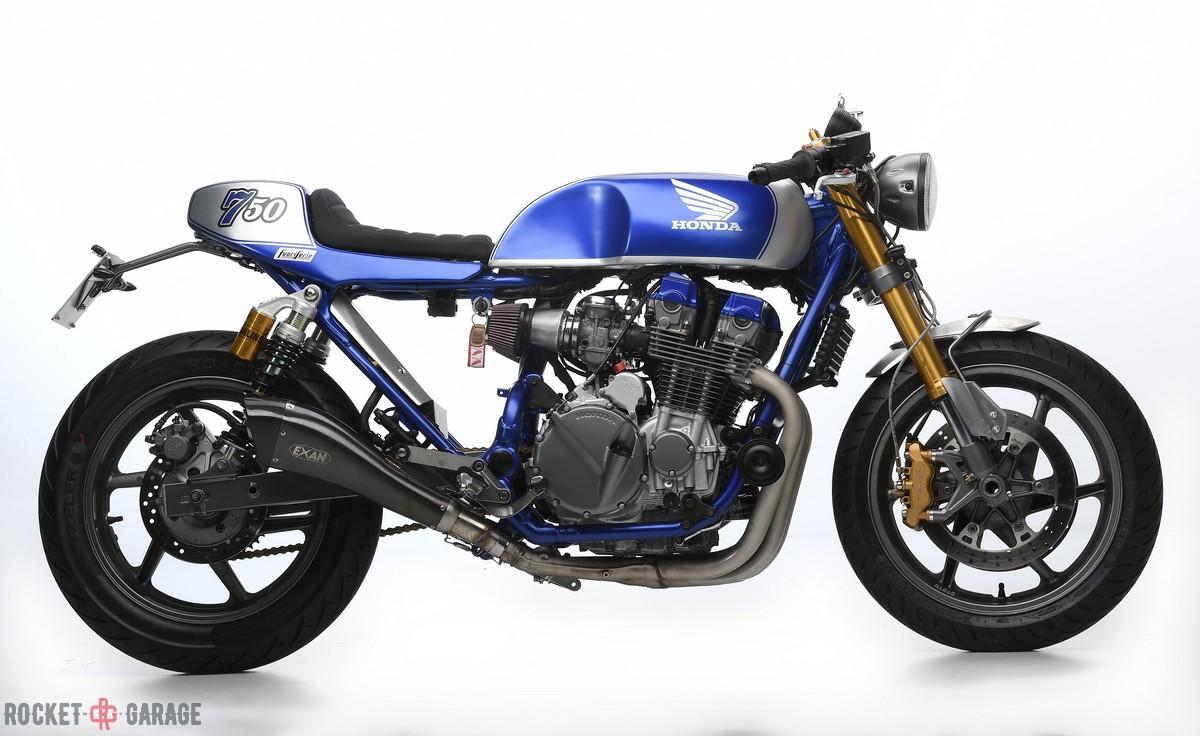 velluto blu | fuoriserie custom italy - rocketgarage - cafe racer