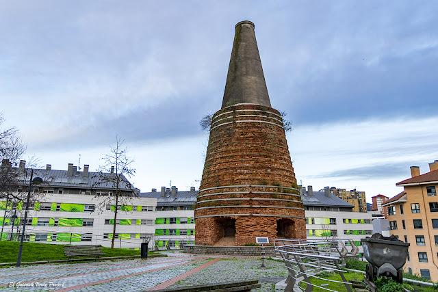 Horno de Calcinación en Plaza Saralegi - Bilbao, por El Guisante Verde Project