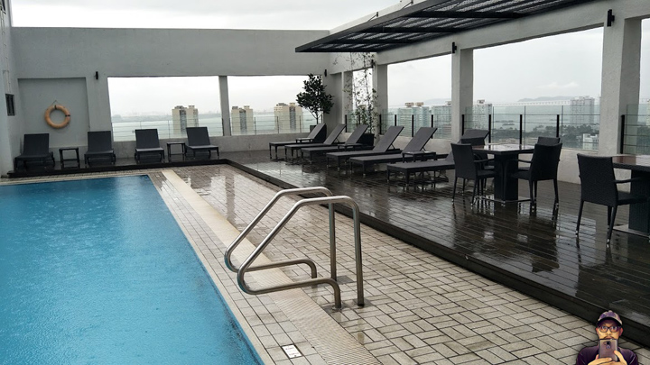 Neo Plus by Aston Penang Swimming Pool