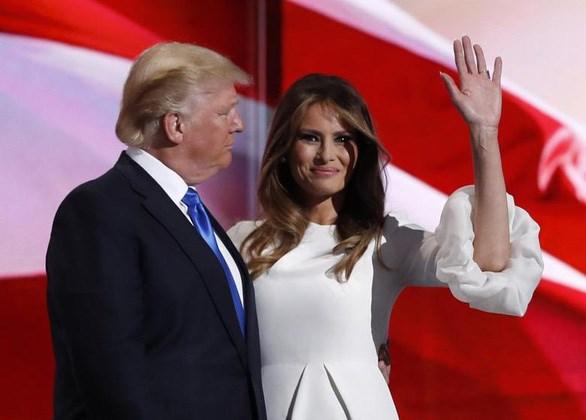 Tổng thống Trump và đệ nhất phu nhân dương tính với COVID-19