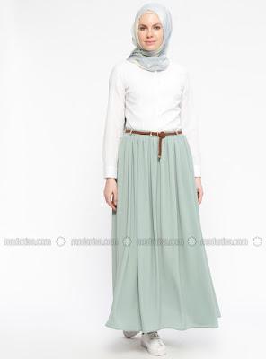 La tendance robe Hijab plissée : Un must have chic !