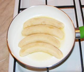 Preparare banane la tigaie retete culinare,