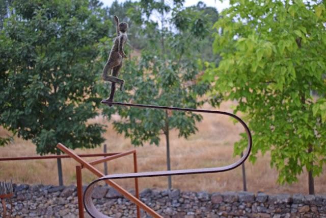 Maria Leal da Costa, jardines con esculturas, esculturas para jardines