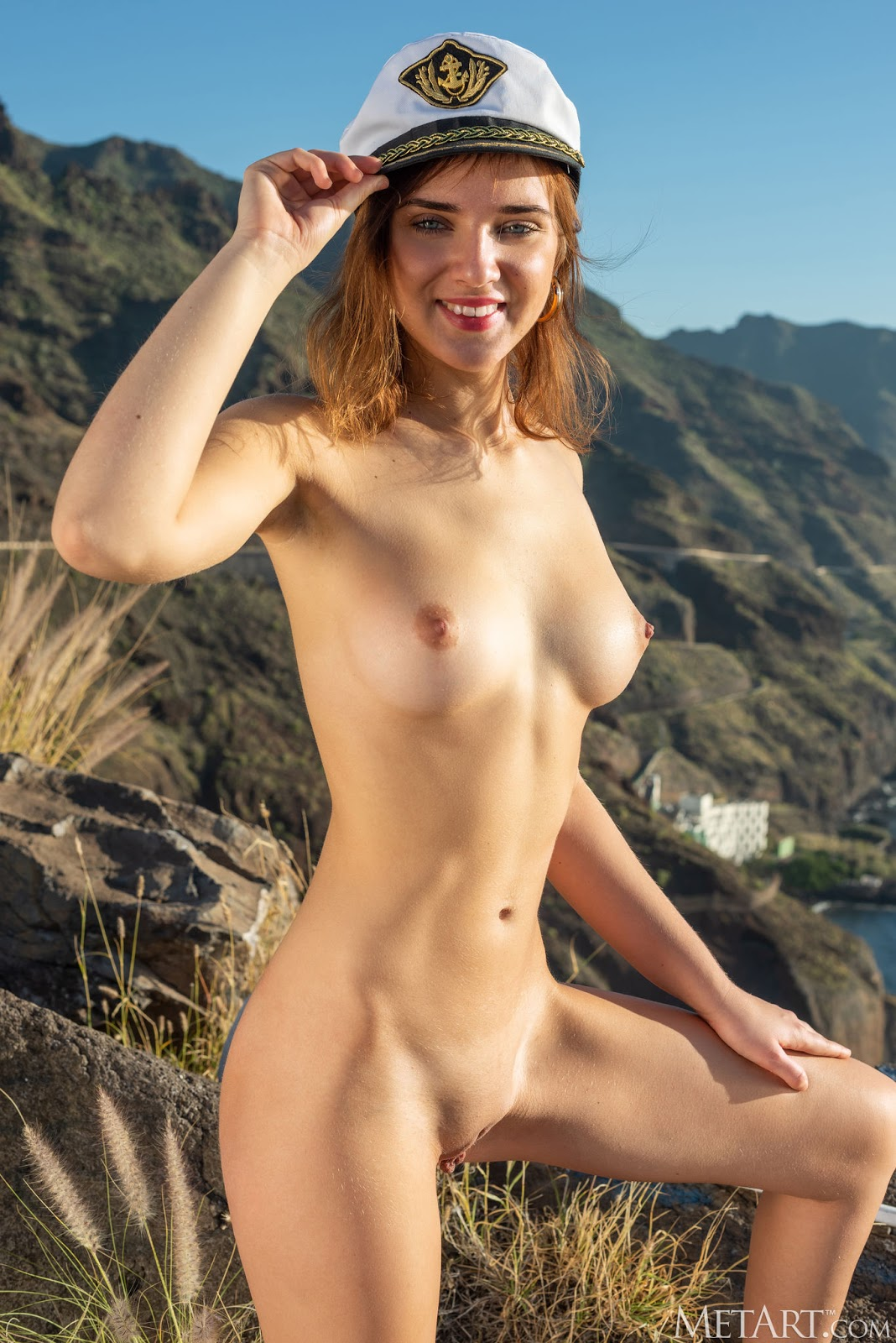 Oxana Chic Playing Pussy God 12