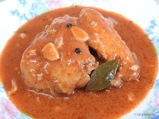 Ostropel cu carne de pui reteta de casa rapida cu sos tomat din bulion faina si usturoi retete mancare tocana tocanita dobrogeana traditionala,
