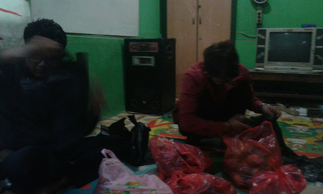 panitia acara santunan bro riyanto anak yatim yang sudah bekerja keras mempersiapkan acara