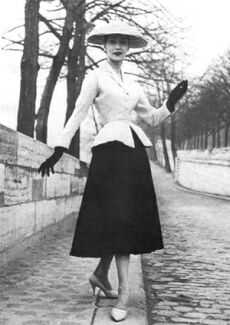Nina Az The New Look 1950 S Fashion