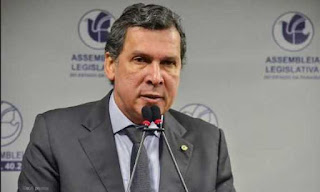 tribuna da ALPB, líder de João Azevedo rebate críticas do ex Ricardo Coutinho