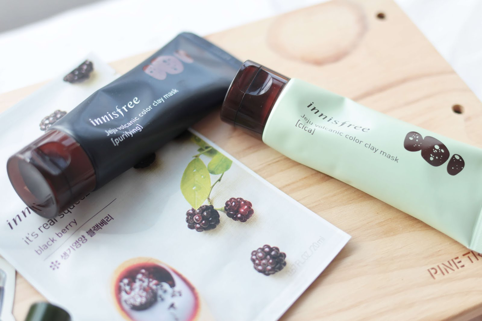 innisfree color play jeju volcanic clay mask