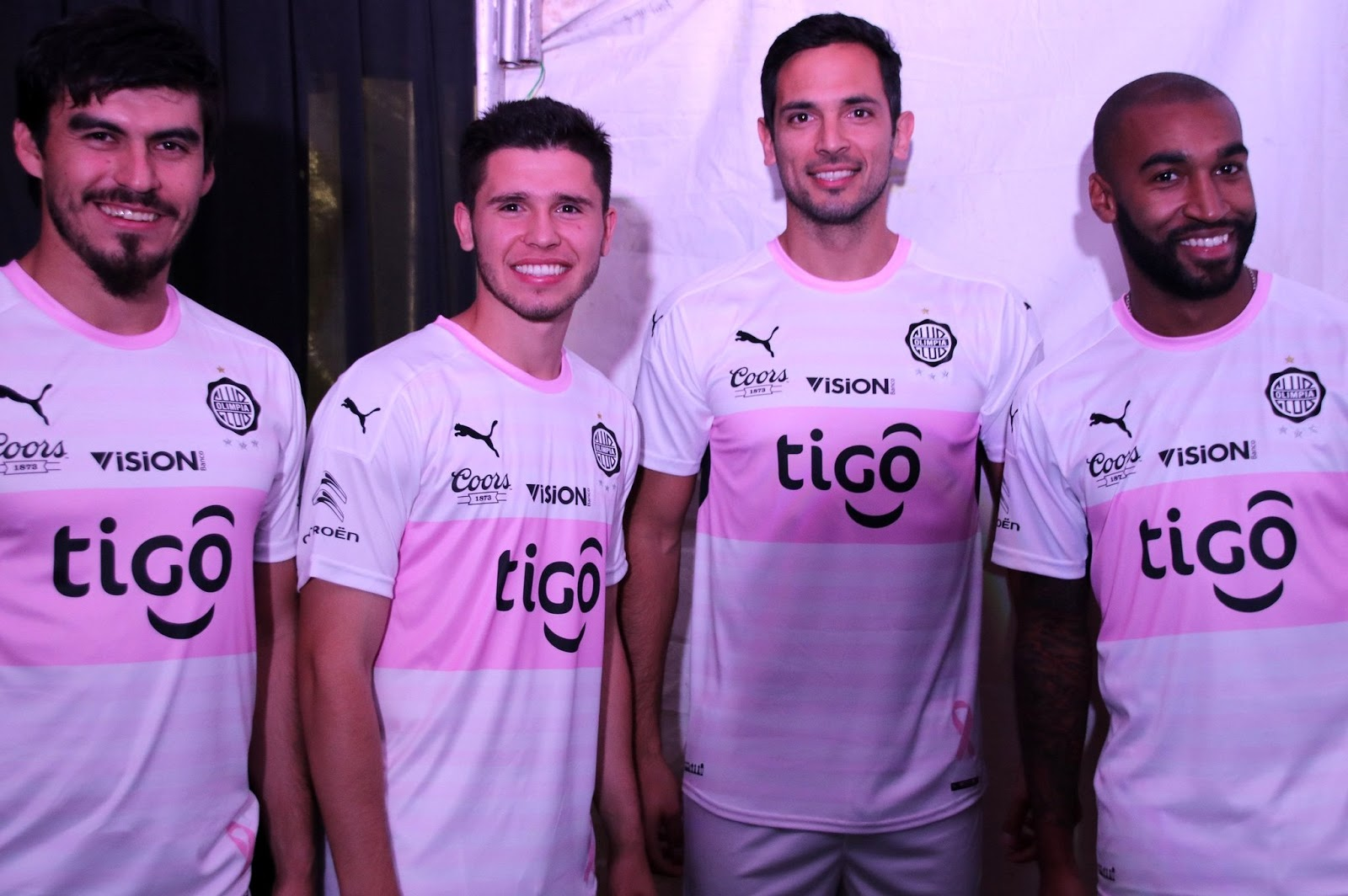 461a6b00dc8 Olimpia do Paraguai adere a campanha do Outubro Rosa - Show de Camisas