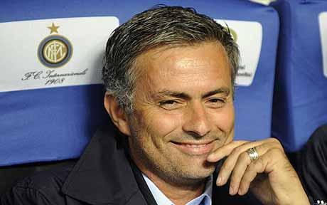 Mourinho: Dedo no olho de Técnico do Barcelona