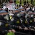 Manifestantes salen a las calles de ciudades de todo EEUU por séptima noche para protestar por la muerte de Floyd