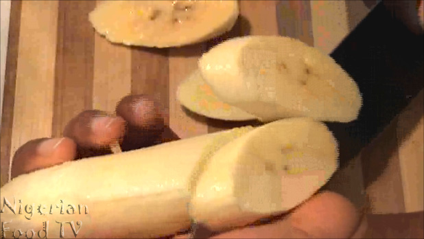 Nigerian fried plantains How to Fry Plantains (Platanos Maduros / fried sweet plantains)