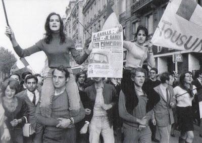 Manifestantes de Maio de 1968, em Paris (Foto: Divulgação/Canal Curta!)